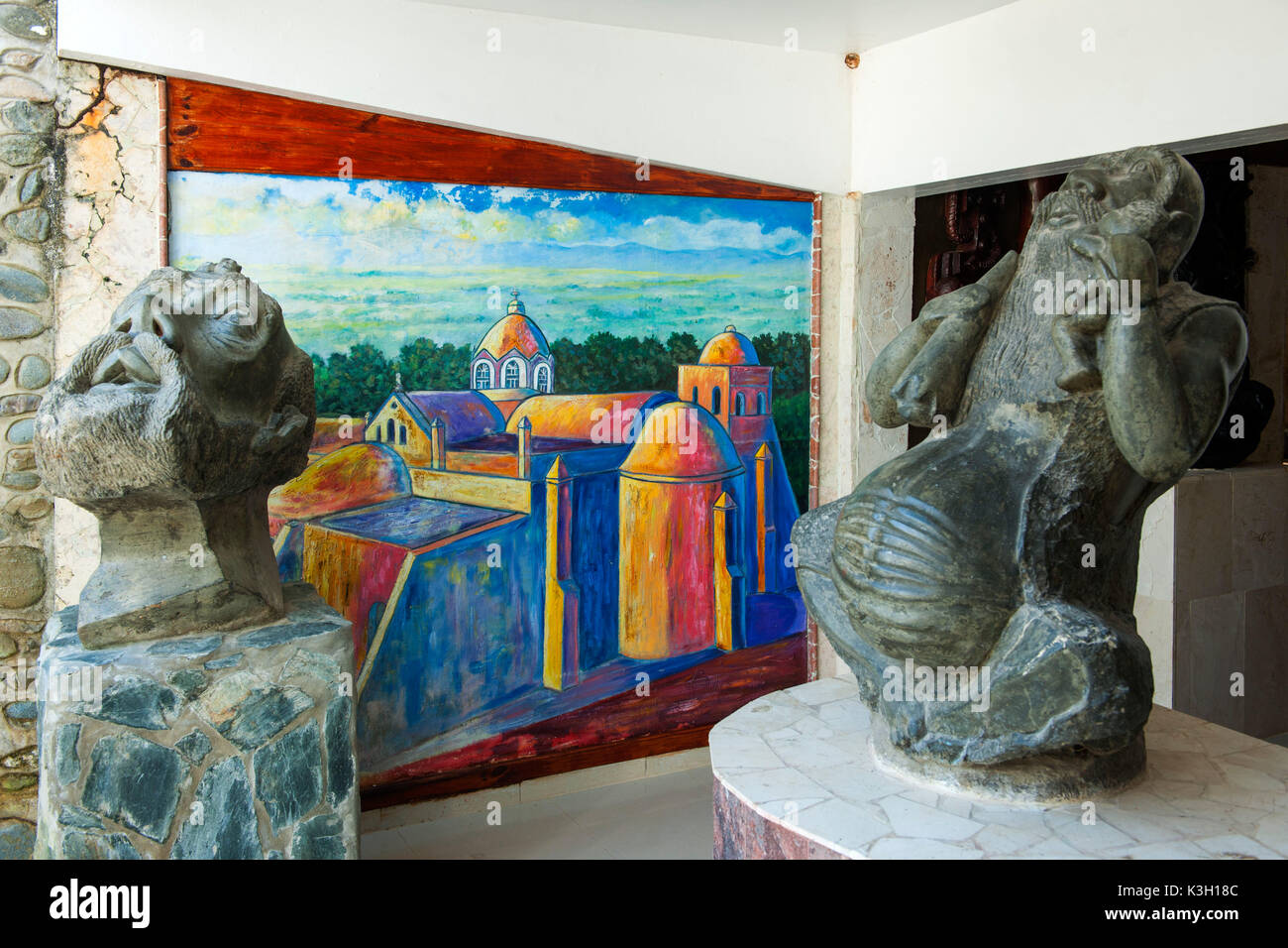 The Dominican Republic, north coast, Sosua, Castillo Mundo King, in 1991 from Rolf Schulz accommodates sketched the private collection of more than 1000 pieces of art from the neighbouring state Haiti. Here Haitian stone sculptures. - Stock Image
