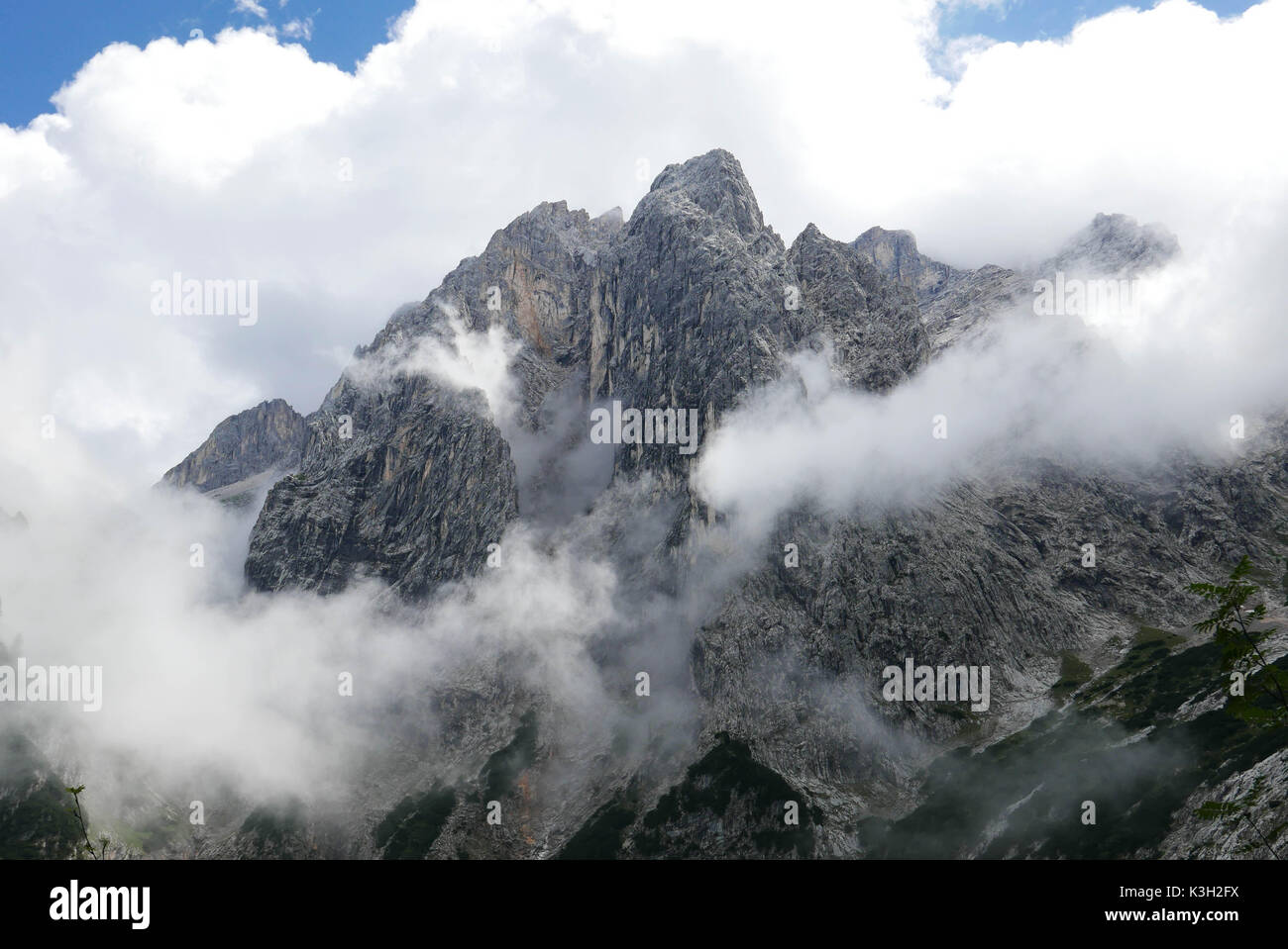 Partenkirchener Dreitorspitze and Dom from the upper Reintal after deduction of a weather front - Stock Image
