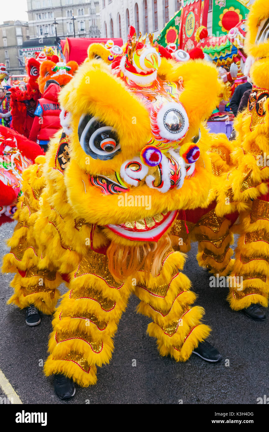 England, London, Chinatown, Chinese New Year Parade, Lion Dance - Stock Image