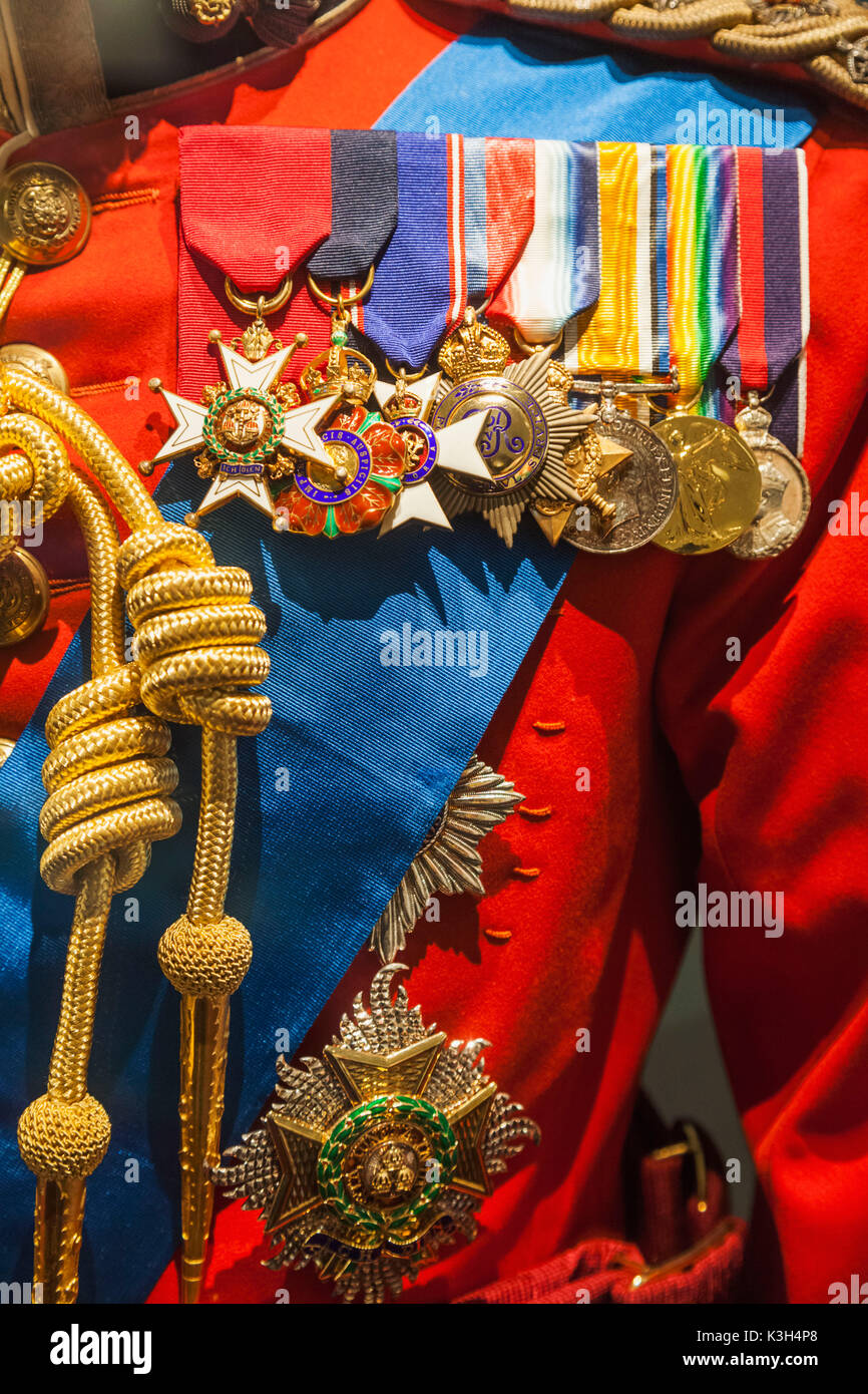 England, London, Tower of London, The Fusiliers Museum, Waxwork Statue of King George V in Dress Uniform, Detail of Medals and Sash - Stock Image