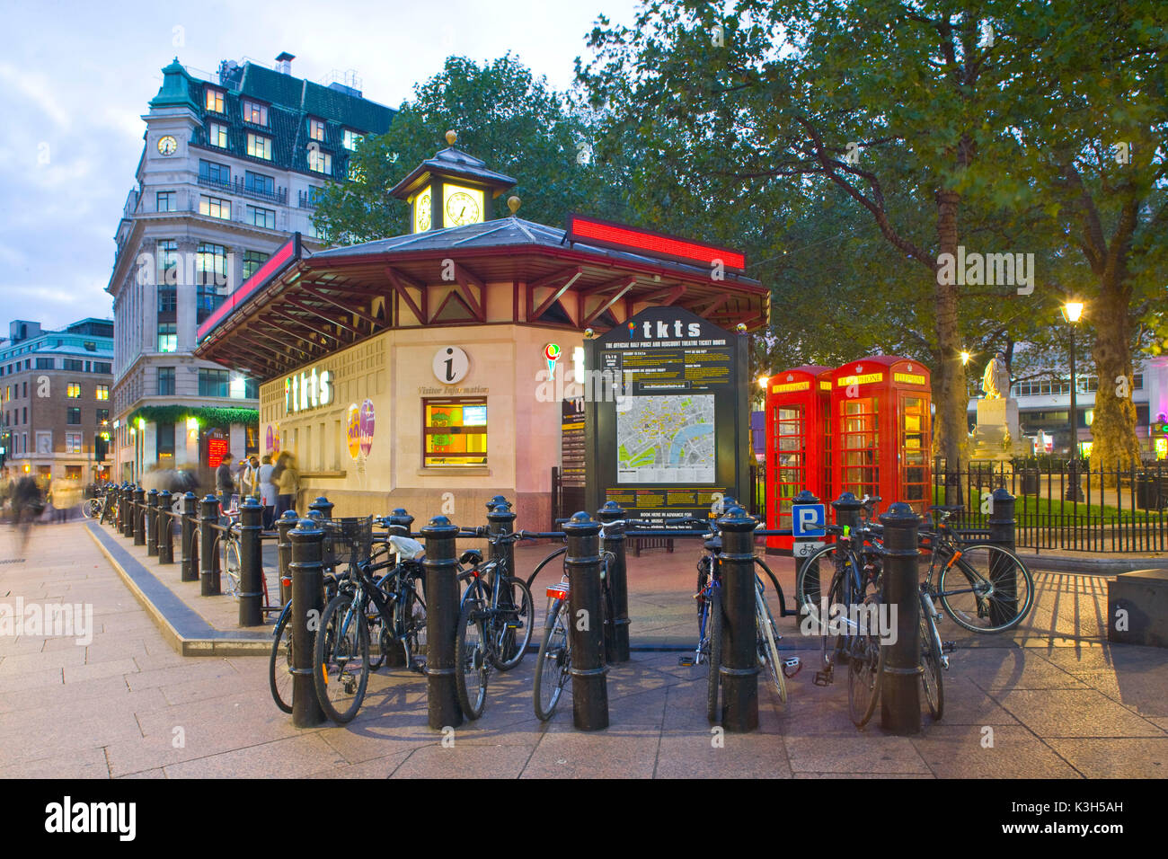 Theatre Tickets Kiosk, Leicester Square, London, England - Stock Image