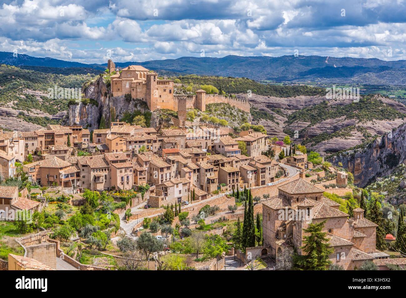 Spain, Huesca province, Alquezar City, San Miguel Church and Santa Maria Colegiata - Stock Image