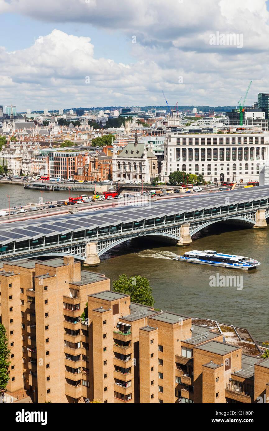 England, London, Blackfriars Bridge and Victoria Embankment - Stock Image