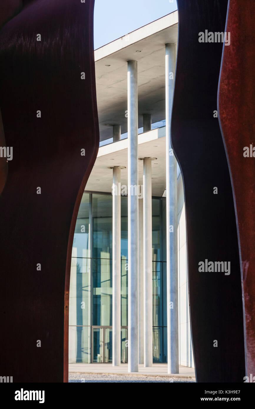 Germany, Bavaria, Munich, The Pinakothek Museum of Modern Art (Pinakothek der Moderne) Stock Photo