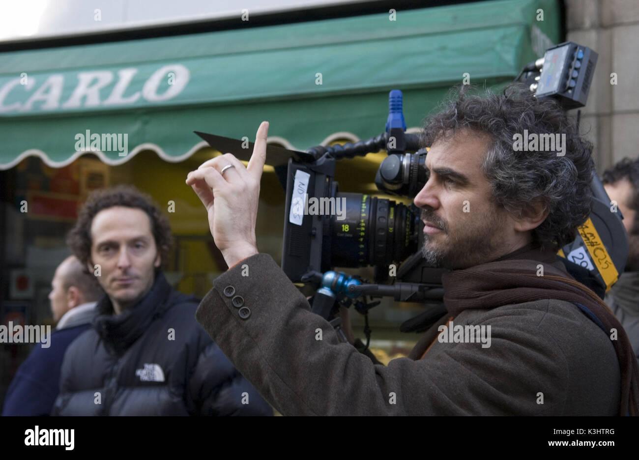 THE CHILDREN OF MEN Cinematographers EMMANUEL LUBEZKI, Director ALFONSO CUARON Stock Photo