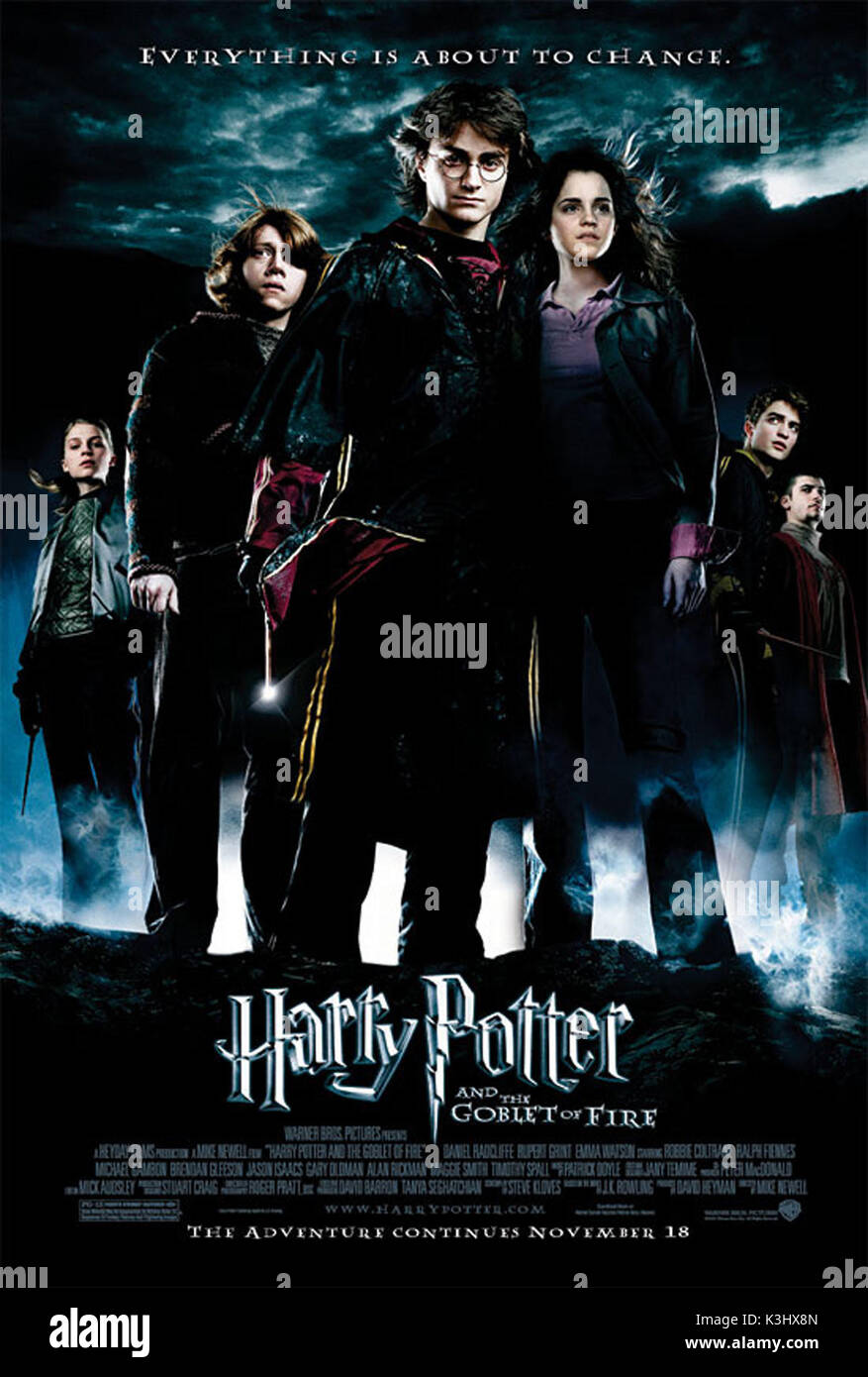 HARRY POTTER AND THE GOBLET OF FIRE CLEMENCE POESY as Fleur Delacour, RUPERT GRINT as Ron Weasley, EMMA WATSON as Hermione Granger, DANIEL RADCLIFFE as Harry Potter, ROBERT PATTINSON as Cedric Diggory, STANISLAV IANEVSKI as Viktor Krum     Date: 2005 - Stock Image