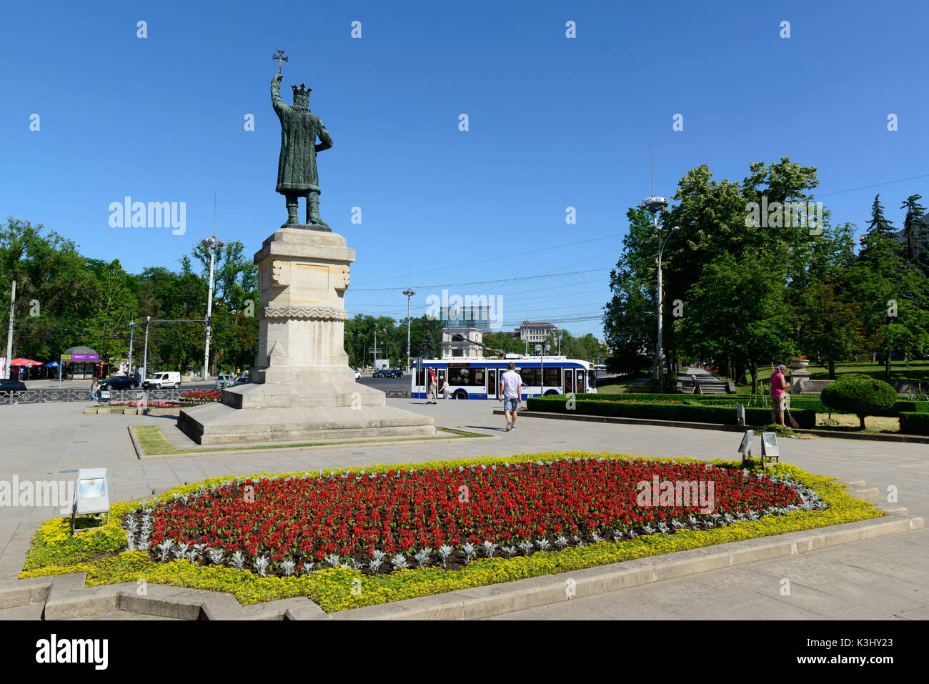 Statue of Stefan the Great at the entrance of the Stefan the Great Park in Chisinau, Moldova - Stock Image