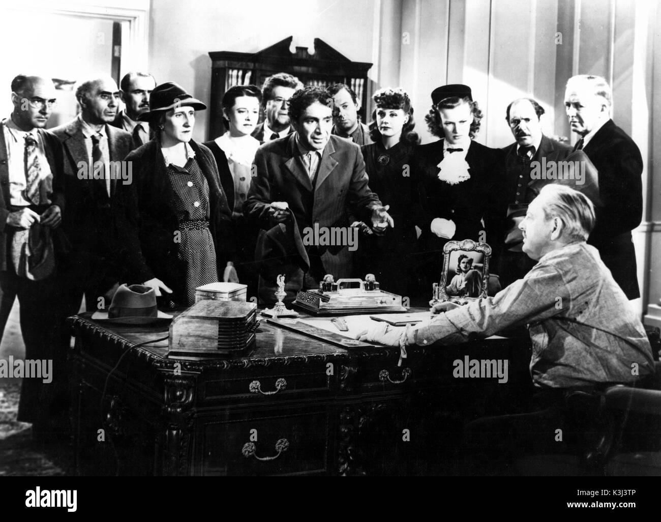 ACCENT ON LOVE MINERVA PERICAL, J. CARROL NAISH, [?], [?] OSA MASSEN, THURSTON HALL [seated] Stock Photo