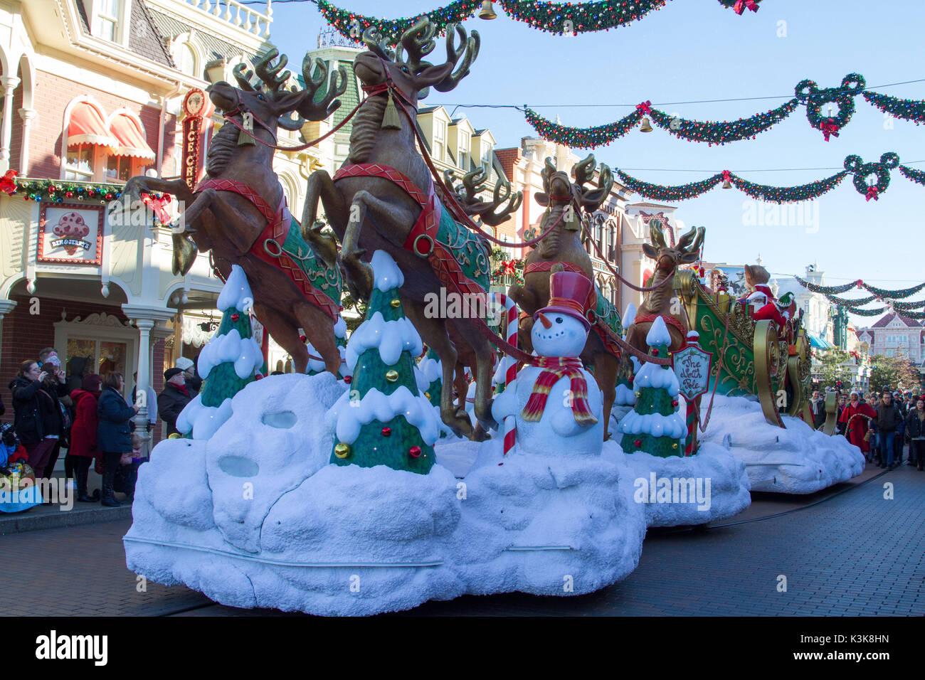 Christmas Parade:In Palos Verdes December 1, 2021