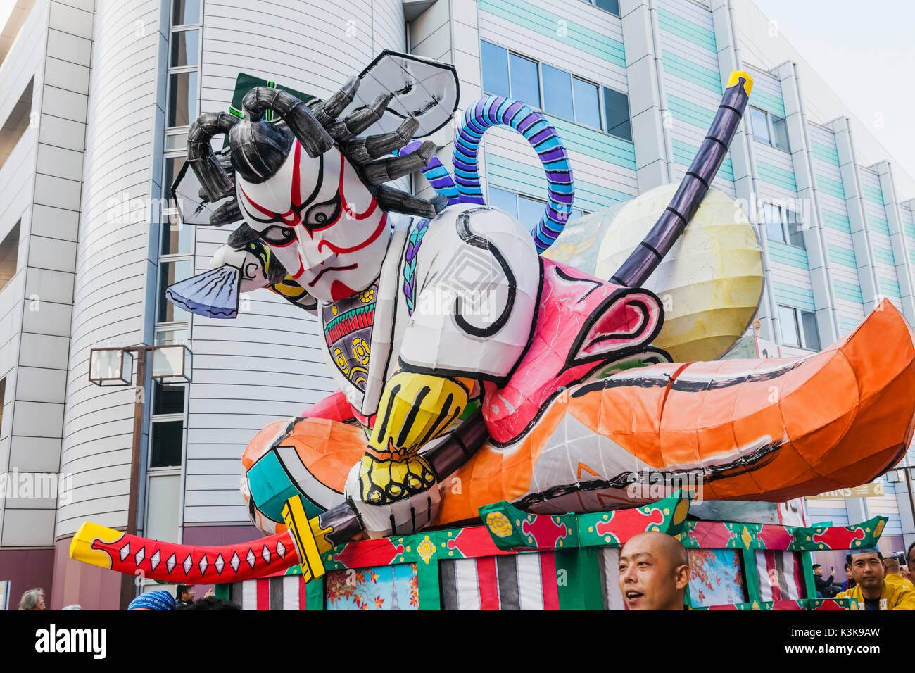 Japan, Hoshu, Tokyo, Asakusa, Nebuta Festival, Float with Giant Kabuki Actor - Stock Image