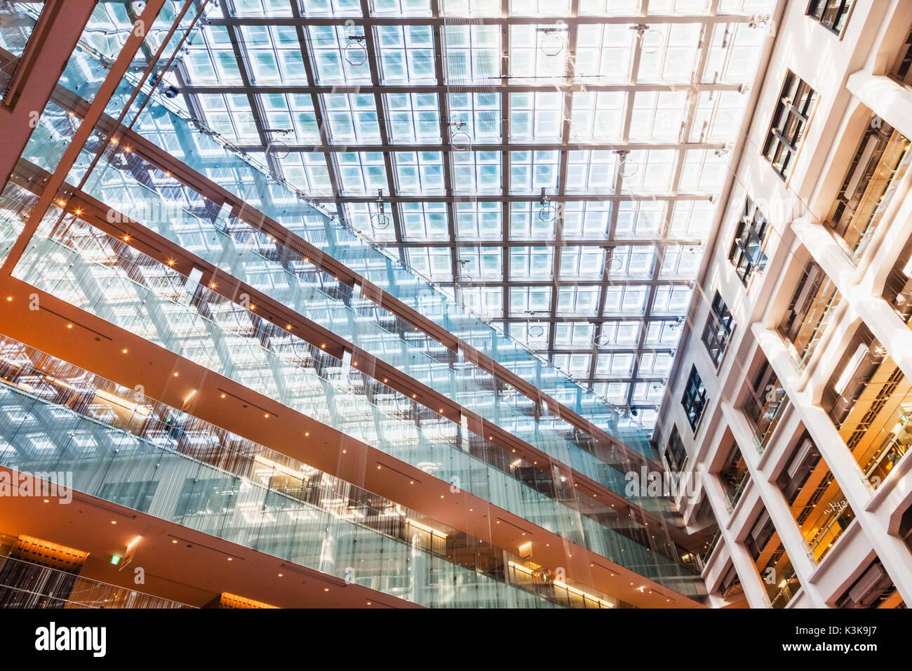 Japan, Hoshu, Tokyo, Marunouchi, Kitte Building aka JP Tower Stock Photo
