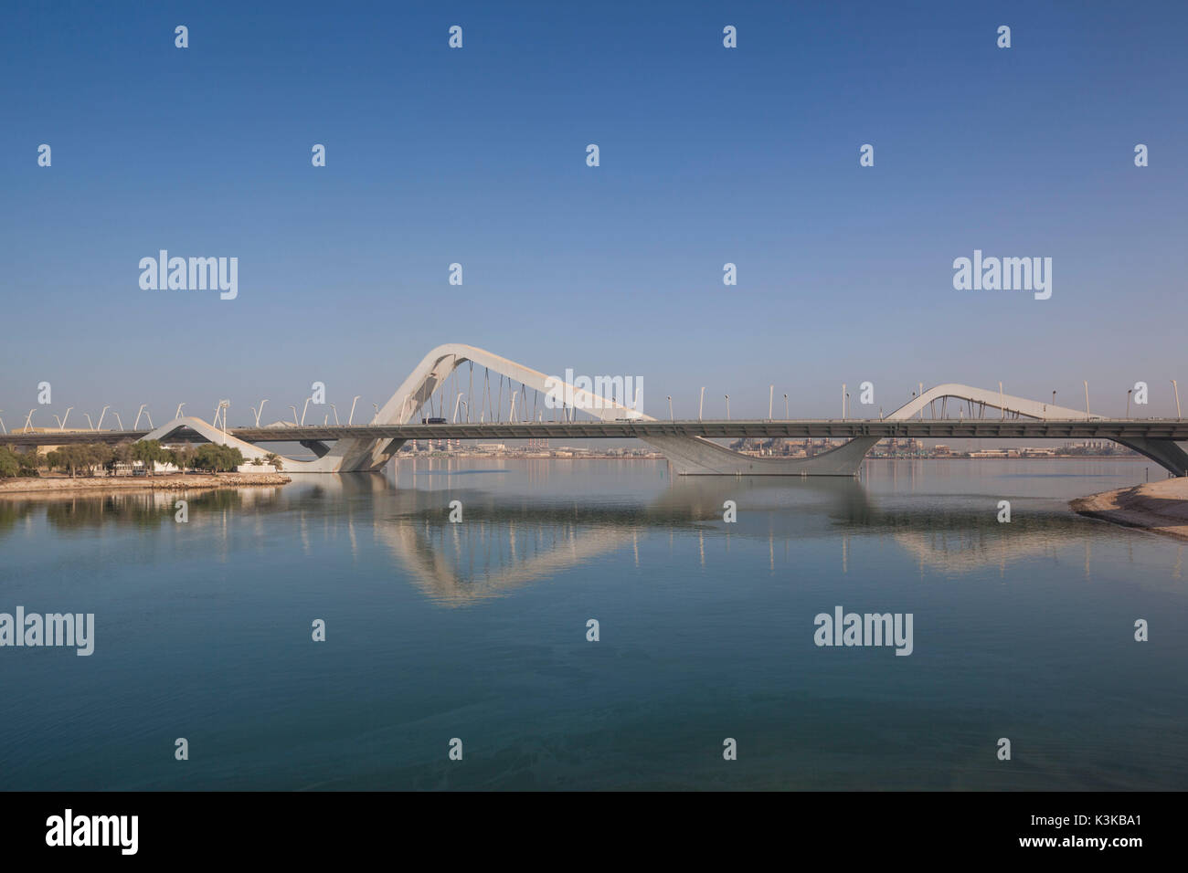 UAE, Abu Dhabi, Sheikh Zayed Bridge, designed by Zaha Hadid Stock Photo
