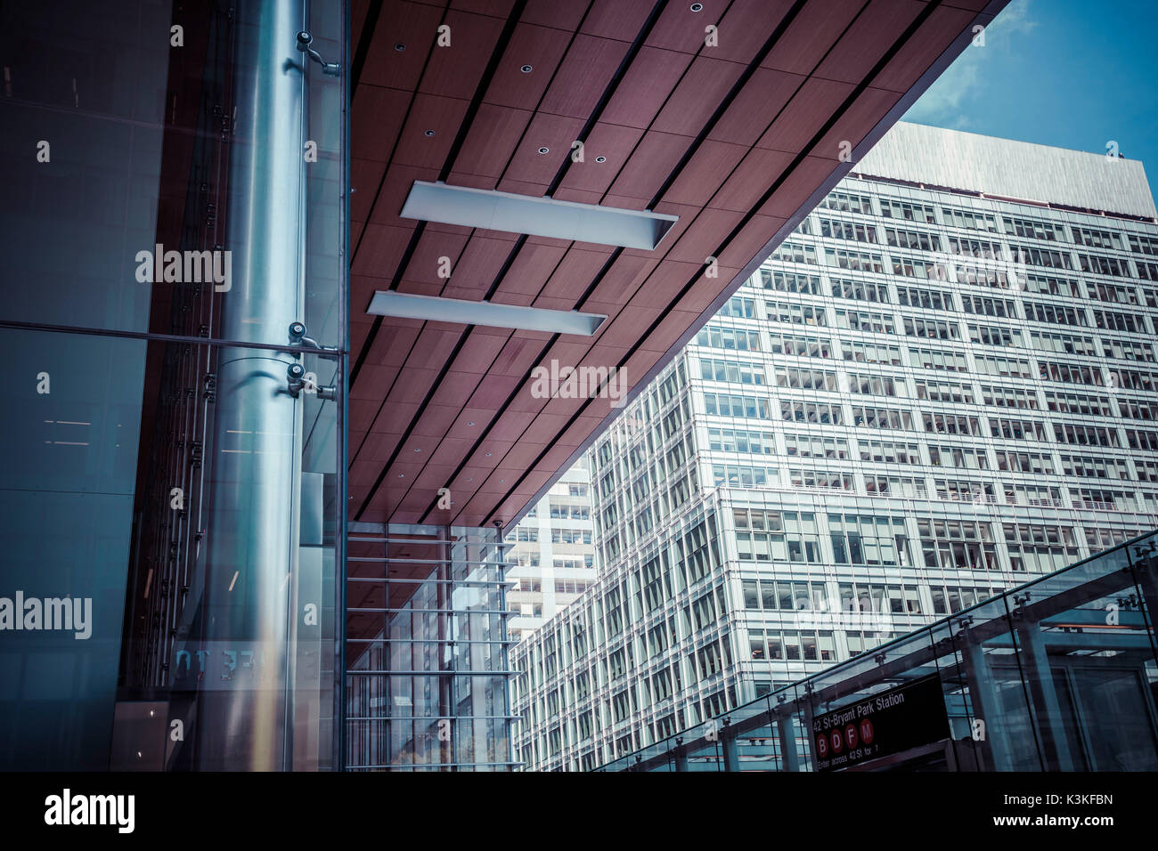 Architectur and skyscrapers, Bryant Park Station, Streetview, Manhatten, New York, USA - Stock Image