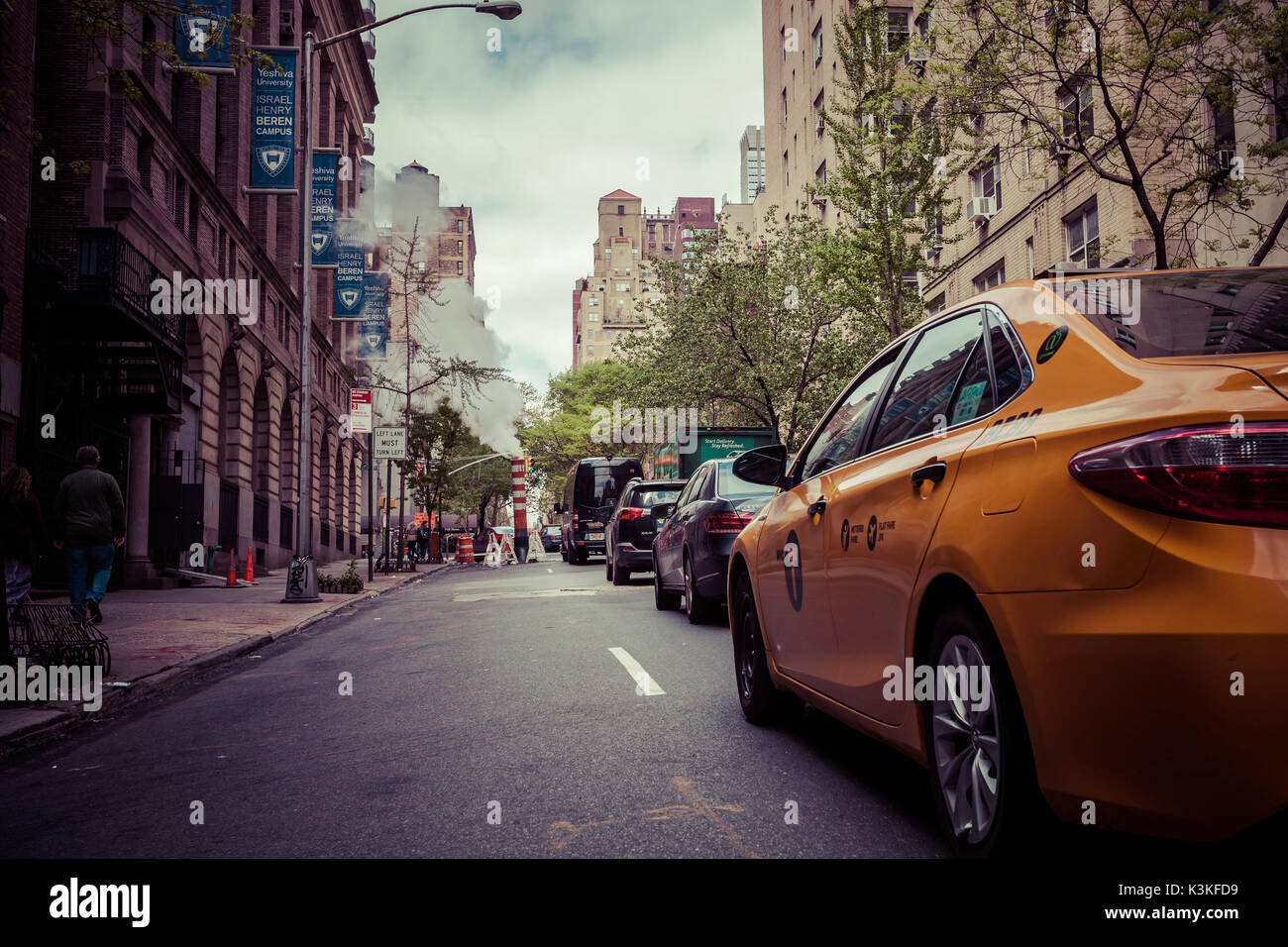 Qualm and construction work, traffic jam Streetview in Manhatten, New York, USA - Stock Image