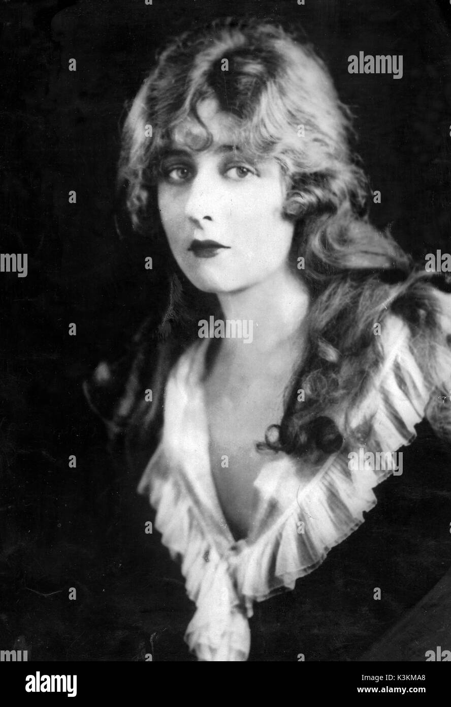 Mildred Harris nudes (29 photos), Tits, Fappening, Twitter, braless 2019