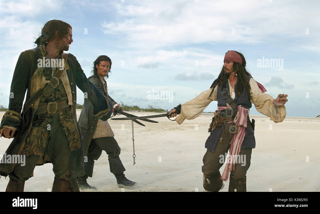PIRATES OF THE CARIBBEAN: DEAD MAN'S CHEST [US 2006]  JACK DAVENPORT, ORLANDO BLOOM, JOHNNY DEPP       Date: 2006 - Stock Image