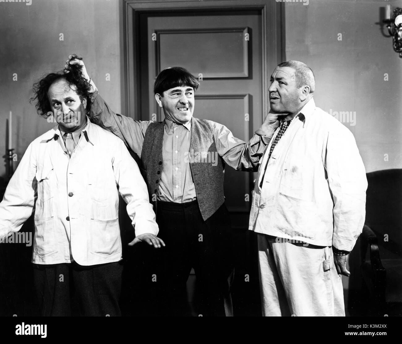 THE THREE STOOGES LARRY FINE, MOE HOWARD, CURLY HOWARD American vaudeville  and screen comedy