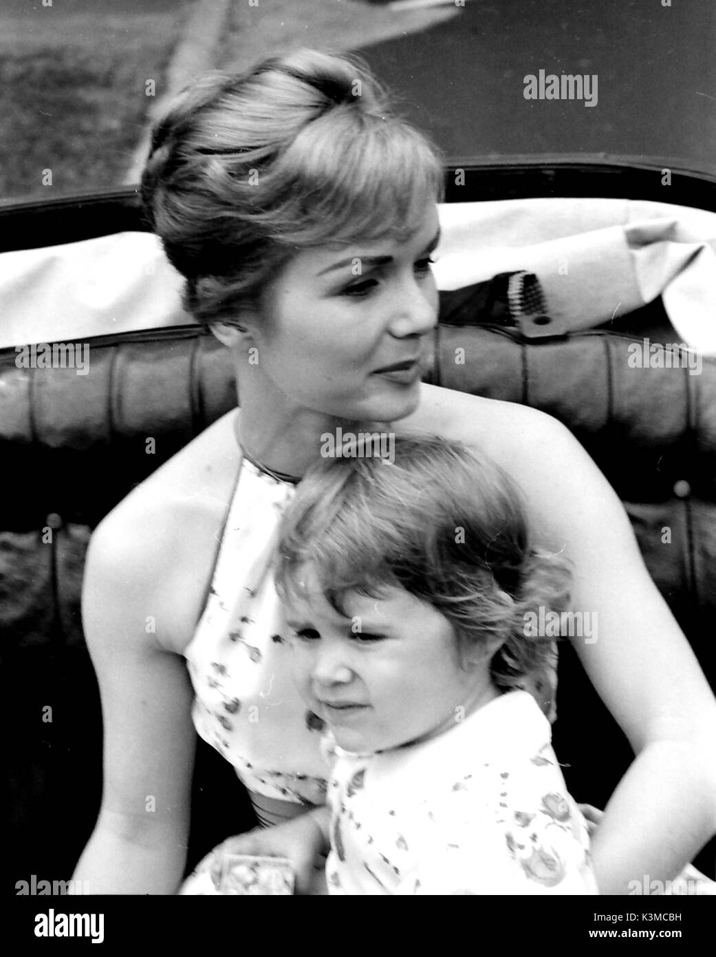 Actress DEBBIE REYNOLDS with her daughter CARRIE from her - Stock Image