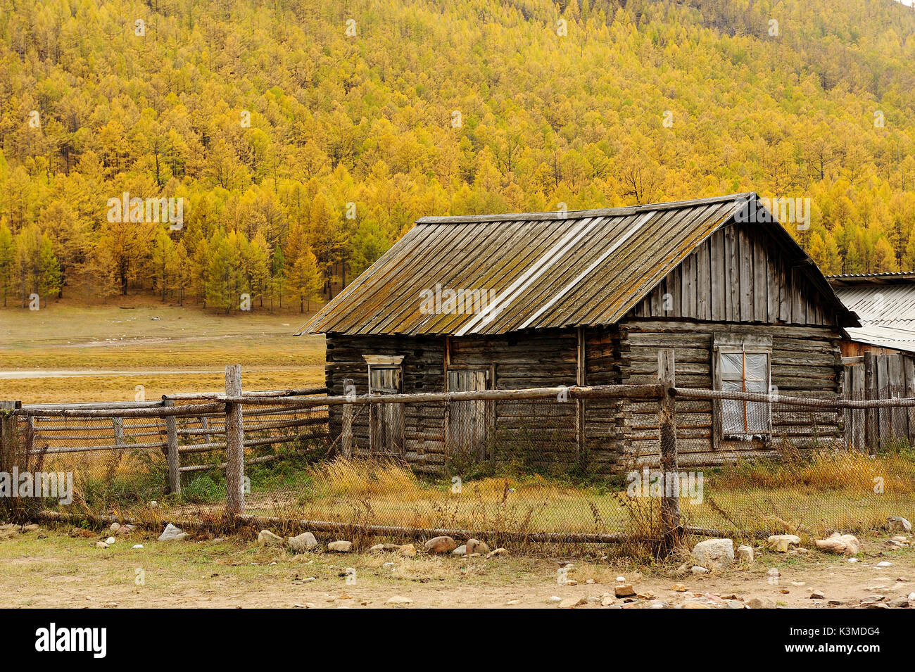 Siberian wooden houses in olkhon island, Siberia, Russia. - Stock Image