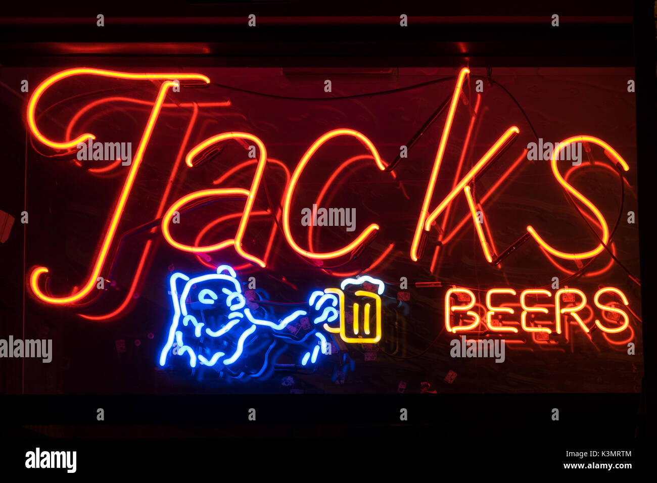 The neon sign of Jacks Cannery Bar (Jack's Cannery Bar), a longtime bar in Fisherman's Wharf, San Francisco, California. - Stock Image