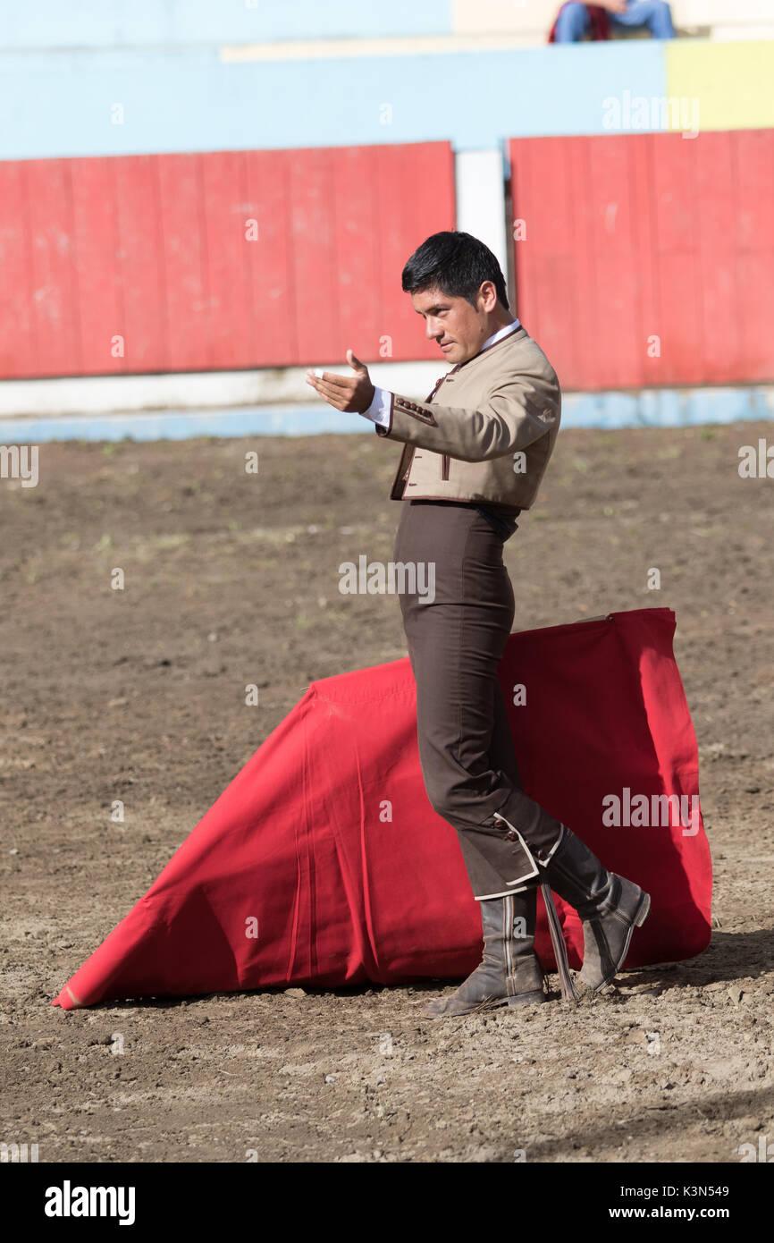 June 18, 2017 Pujili, Ecuador: bullfighter invites the spectators for cheering in the arena - Stock Image