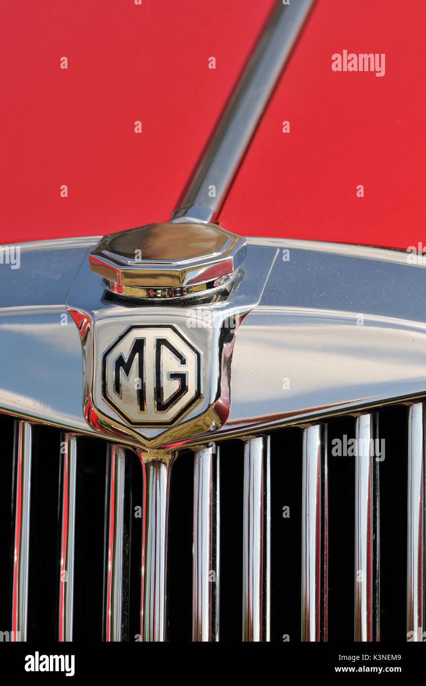 classic rolls Royce Austin mg cars at a show all in concourse condition motors cars and vehicles classics  vintage owners and polished chrome - Stock Image