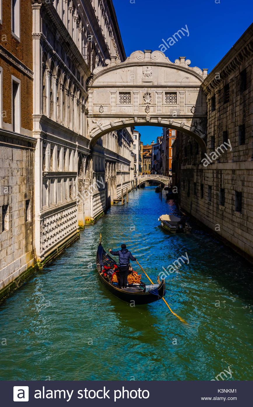 Looking from Bridge of Sighs to canal behind Doge's Palace, Venice, Italy. - Stock Image