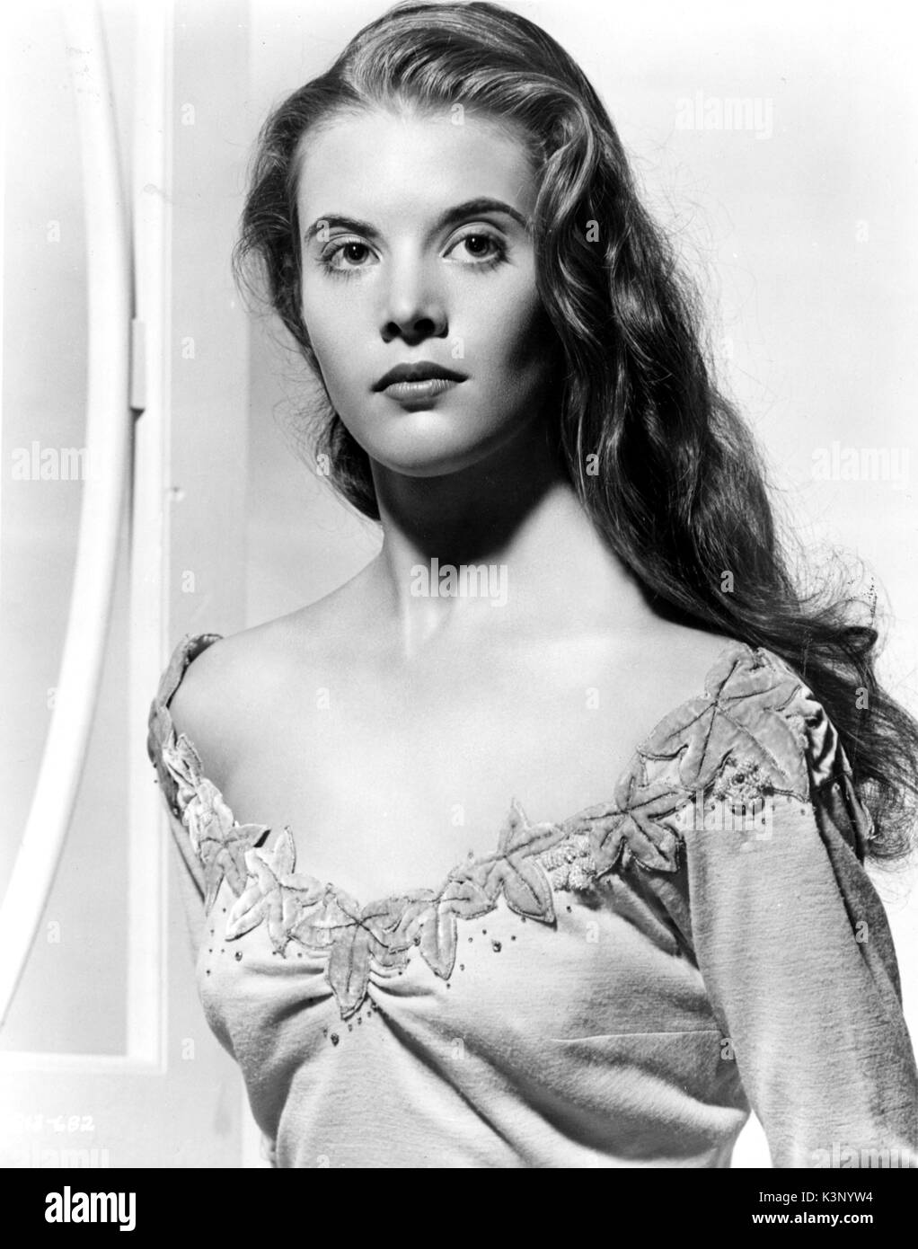 lois smith james deanlois smith young, lois smith, lois smith actress, lois smith james dean, lois smith daughter, lois smith desperate housewives, lois smith imdb, lois smith obituary, lois smith east of eden, lois smith net worth, lois smith movies, lois smith twister, lois smith wiki, lois smith harvard, lois smith lady bird, lois smith publicist, lois smith facebook, lois smith obituary epworth iowa, lois smith age, lois smith cibc