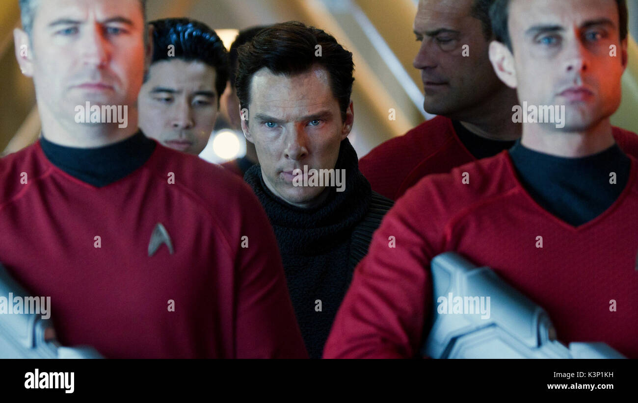 STAR TREK INTO DARKNESS [US 2013] BENEDICT CUMBERBATCH as Khan [centre]     Date: 2013 - Stock Image