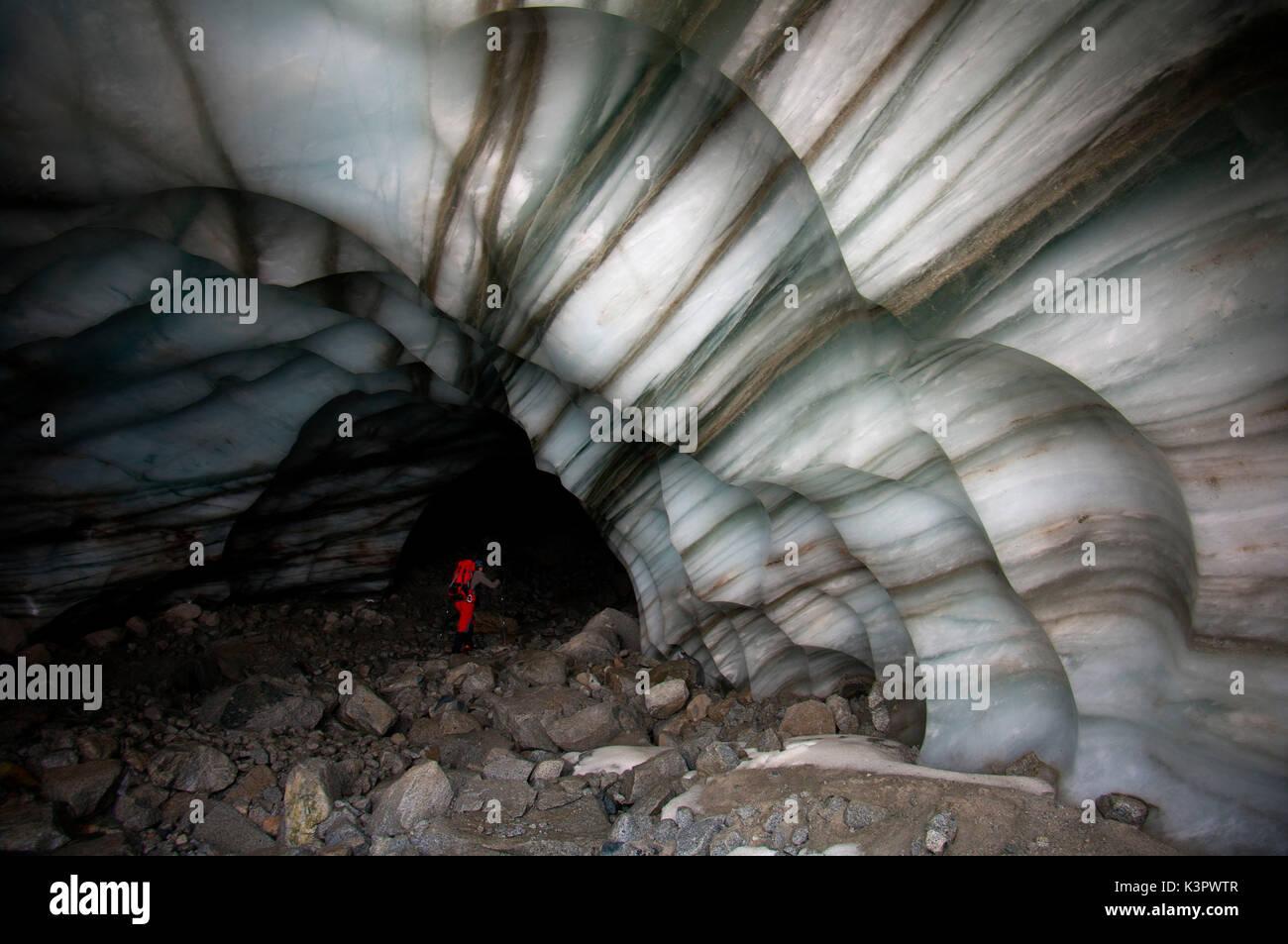Stratified ice, Venerocolo glacier, Adamello massif, Valcamonica, Lombardy, Italy - Stock Image