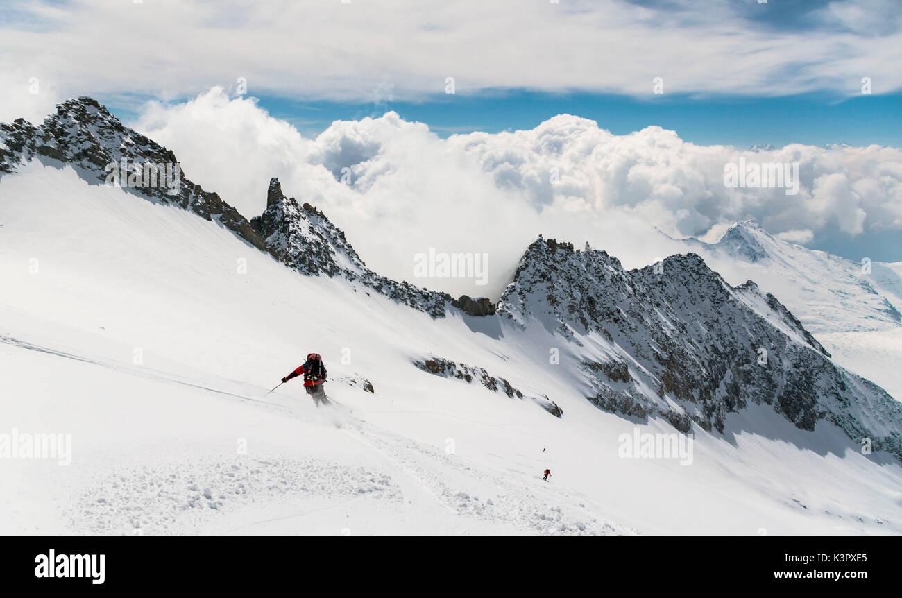 Skier offpiste, Kleine-Wannenhorn, Valais, Switzerland - Stock Image