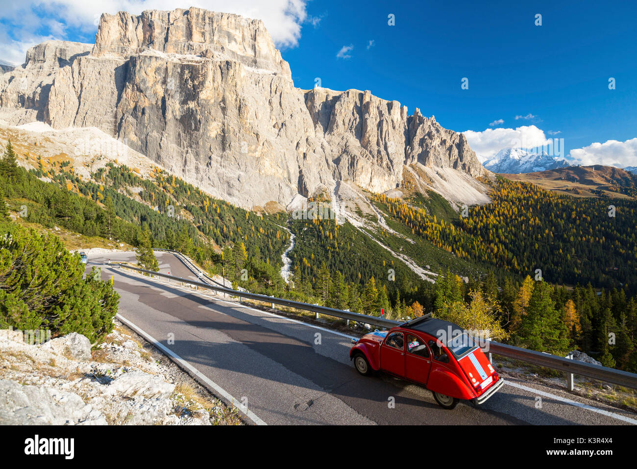 car italy autumn stock photos  u0026 car italy autumn stock images