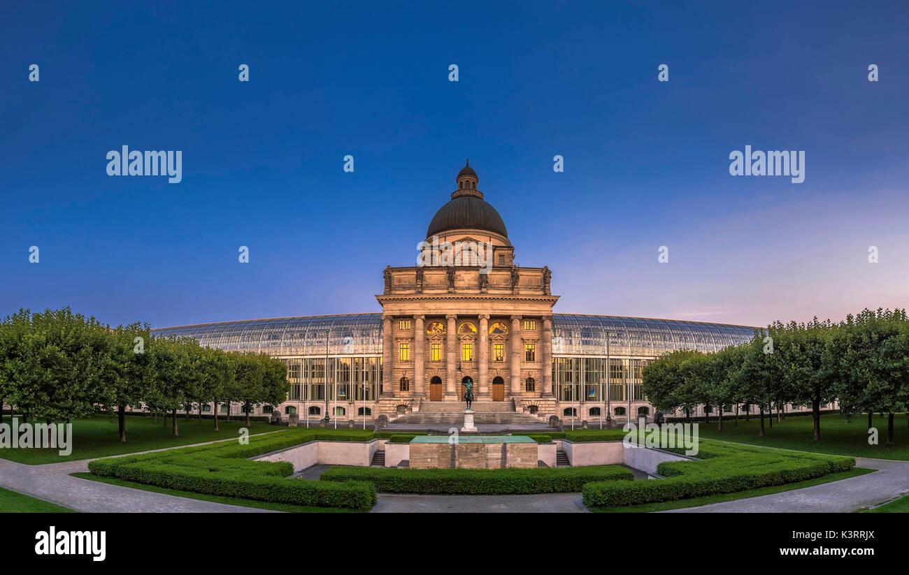 Bayerische Staatskanzlei, Bavarian State Chancellery at evening, Hofgarten garden, Munich, Bavaria, Germany, Europe - Stock Image