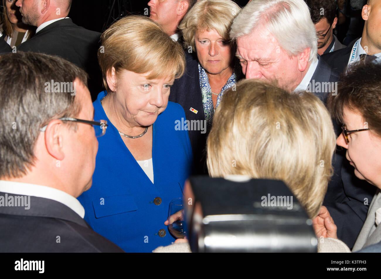 Berlin, Germany. 03rd Sep, 2017. Dr. Angela Merkel (M), happy after TV - election - duel, with Volker Bouffier, Dr. Angela Merkel - CDU vs. Martin Schulz - SPD, GER, 03.09.2017, Foto: Uwe Koch/fotobasis.de Credit: Uwe Koch/Alamy Live News - Stock Image
