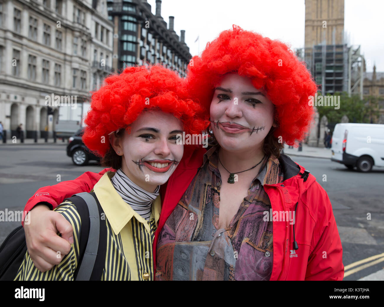 London, UK. 4th Sep, 2017. McDonald's Staff strike for very first time since stores opened in 1974. Workers from Crayford and Victoria StreetÊare demanding £10 an hour starting salary and more secure working hours in response to McDonald's using zero-hour contracts. Credit: Keith Larby/Alamy Live News - Stock Image
