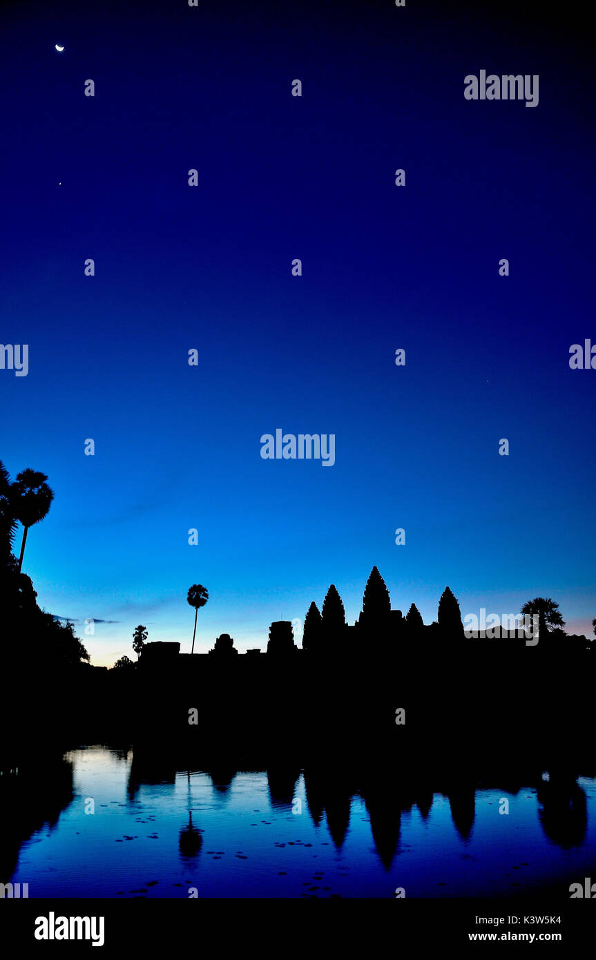 Sunrise over Angkor Wat temples; one of the most significant and best preserved of all the Cambodian site. Siem Reamp, Cambodia - Stock Image