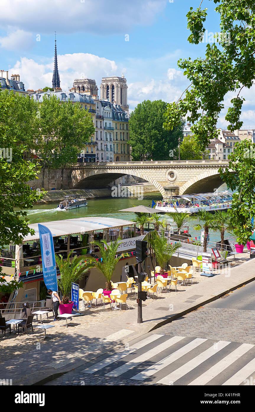 Café by Seine River - Stock Image