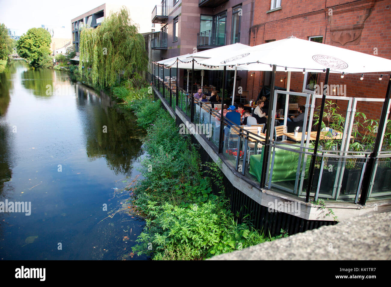 Milano, pizza restaurant on the Grand Canal, Dublin 4 - Stock Image