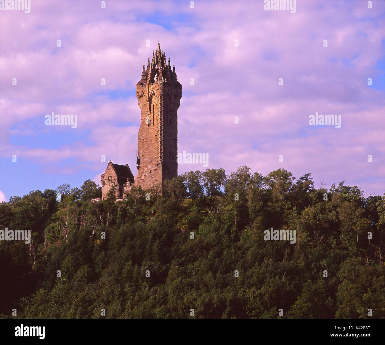 The Wallace Monument, a gothic style tower built in 1869 commemorates the deeds of Sir William Wallace, overlooking Forth Valley, Stirling, Central Sc - Stock Image