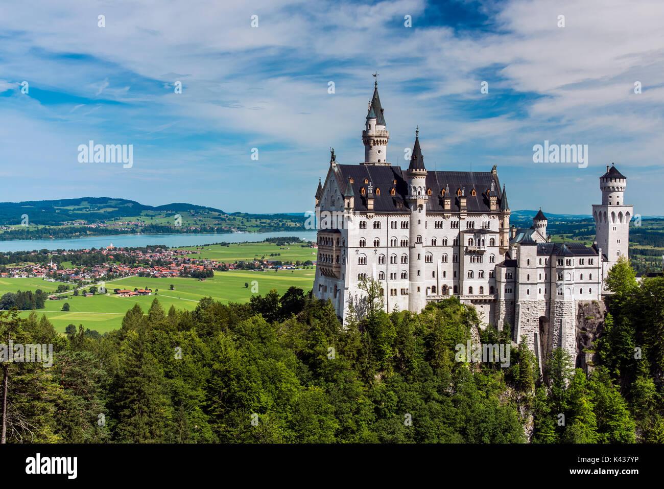 Neuschwanstein Castle or Schloss Neuschwanstein, Schwangau, Bavaria, Germany - Stock Image