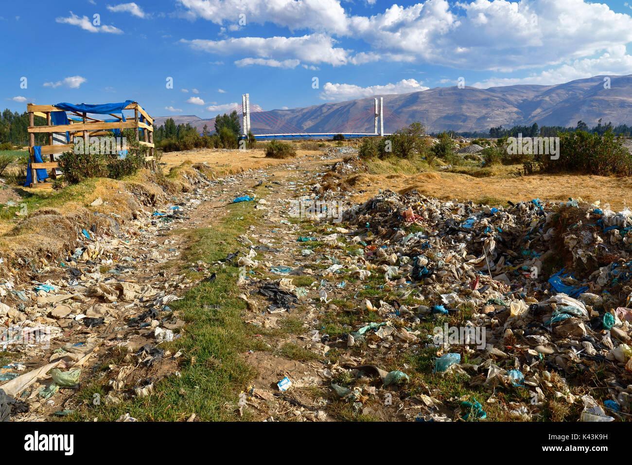 La ribera, Huancayo. August 23, 2017 - Uncontrolled landfill on the Mantaro River - Stock Image