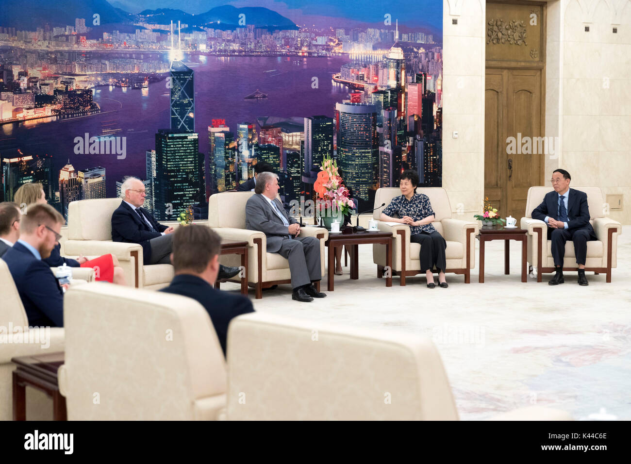 Beijing, China. 4th Sep, 2017. Yan Junqi (2nd R), vice chairwoman of the Standing Committee of China's National People's Congress, meets with Kurt Beck, former chairman of Germany's Social Democratic Party and also chairman of Friedrich-Ebert-Stiftung (FES), at the Great Hall of the People in Beijing, capital of China, Sept. 4, 2017. Credit: Ding Haitao/Xinhua/Alamy Live News Stock Photo