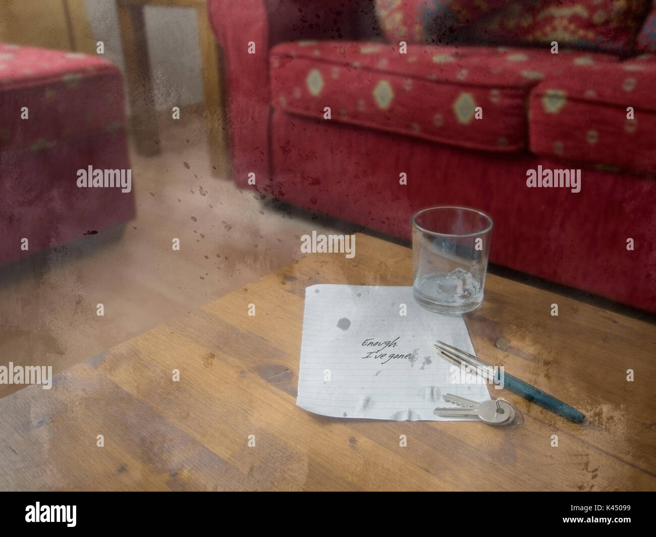 Divorce etc. Message left on table. Gone. - Stock Image