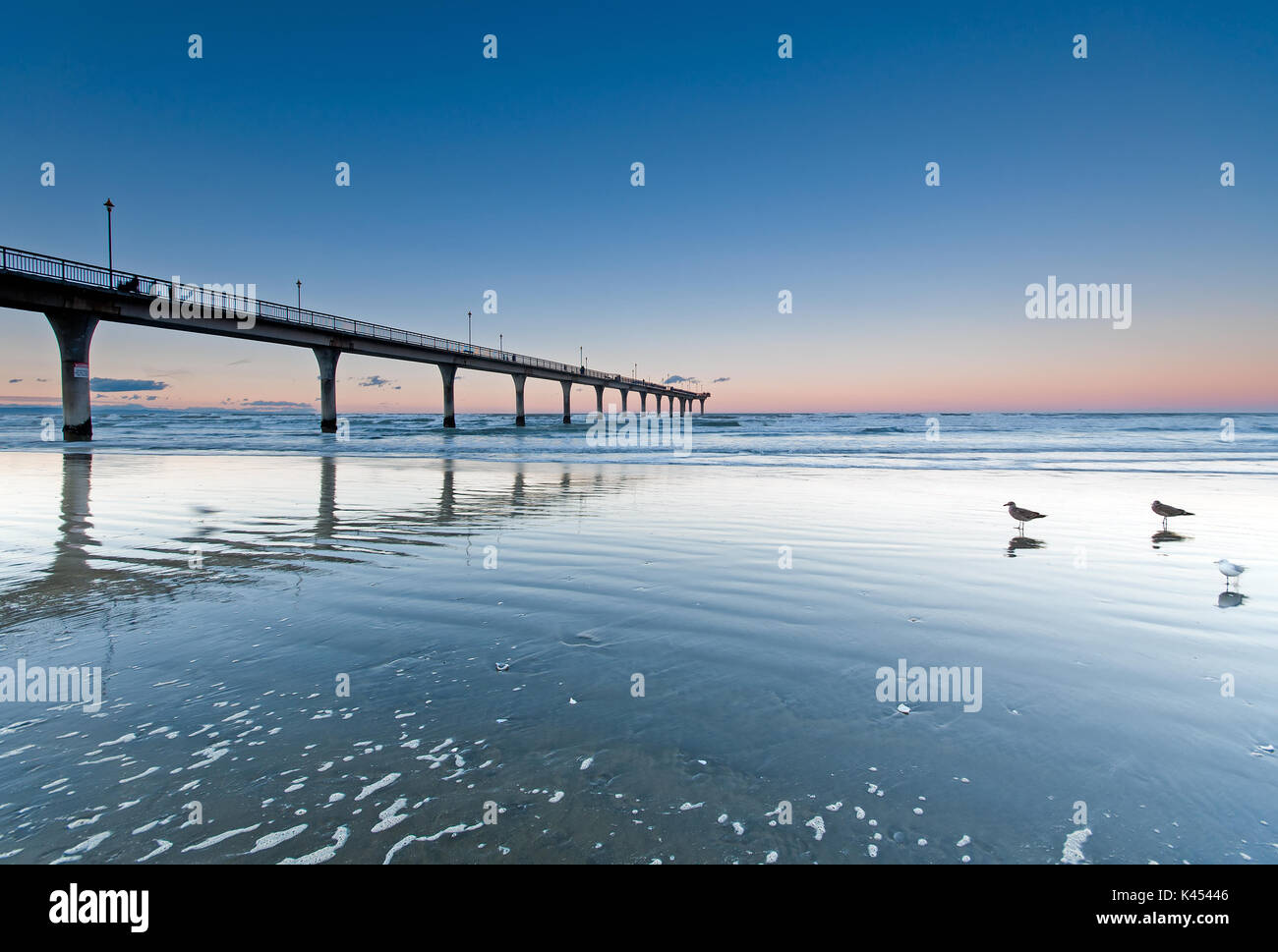 Sunset at New Brighton Beach View in Christchurch, South Island, New Zealand. - Stock Image