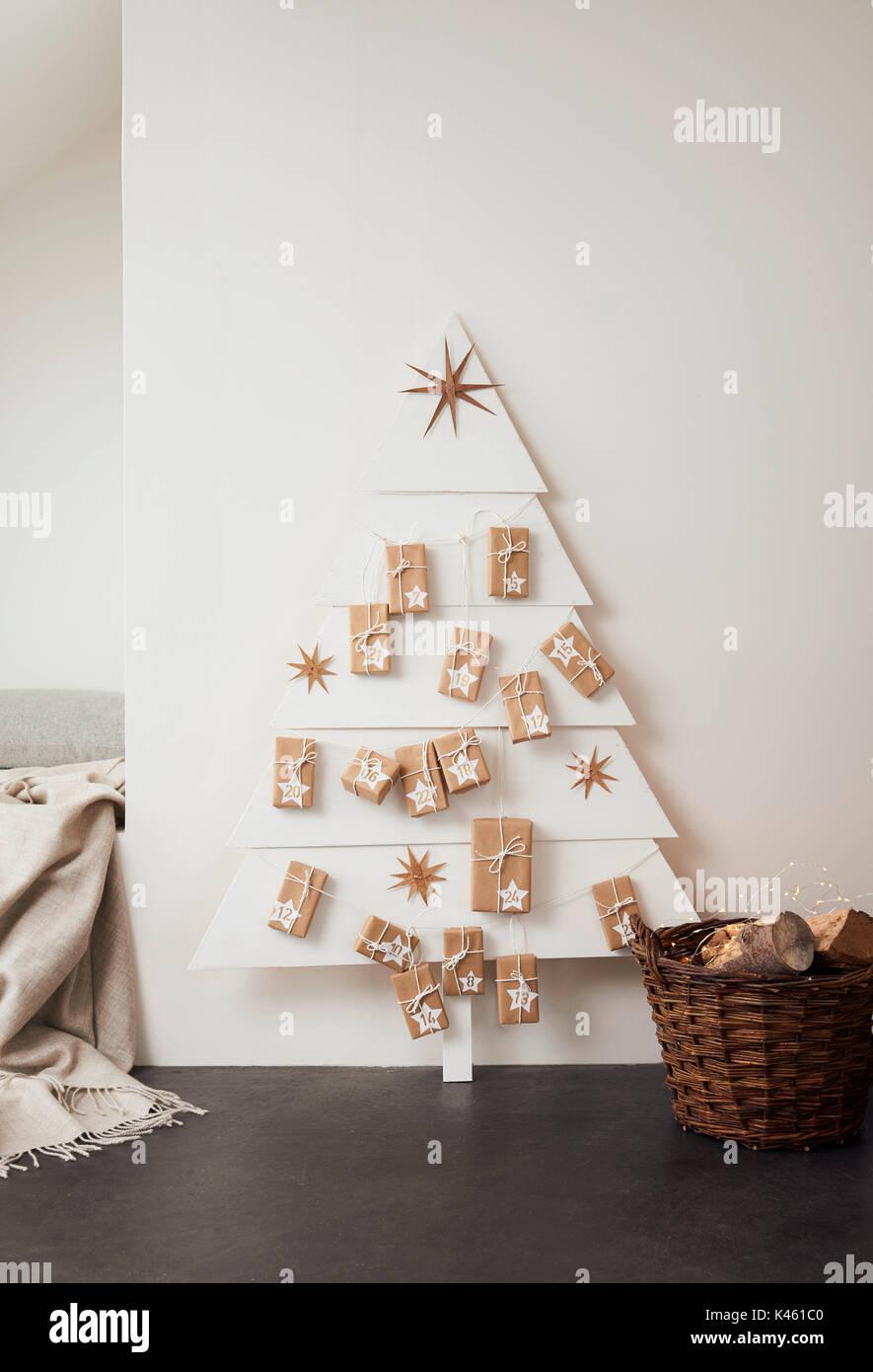 Self-made Advent calendar, Still life Christmas - Stock Image