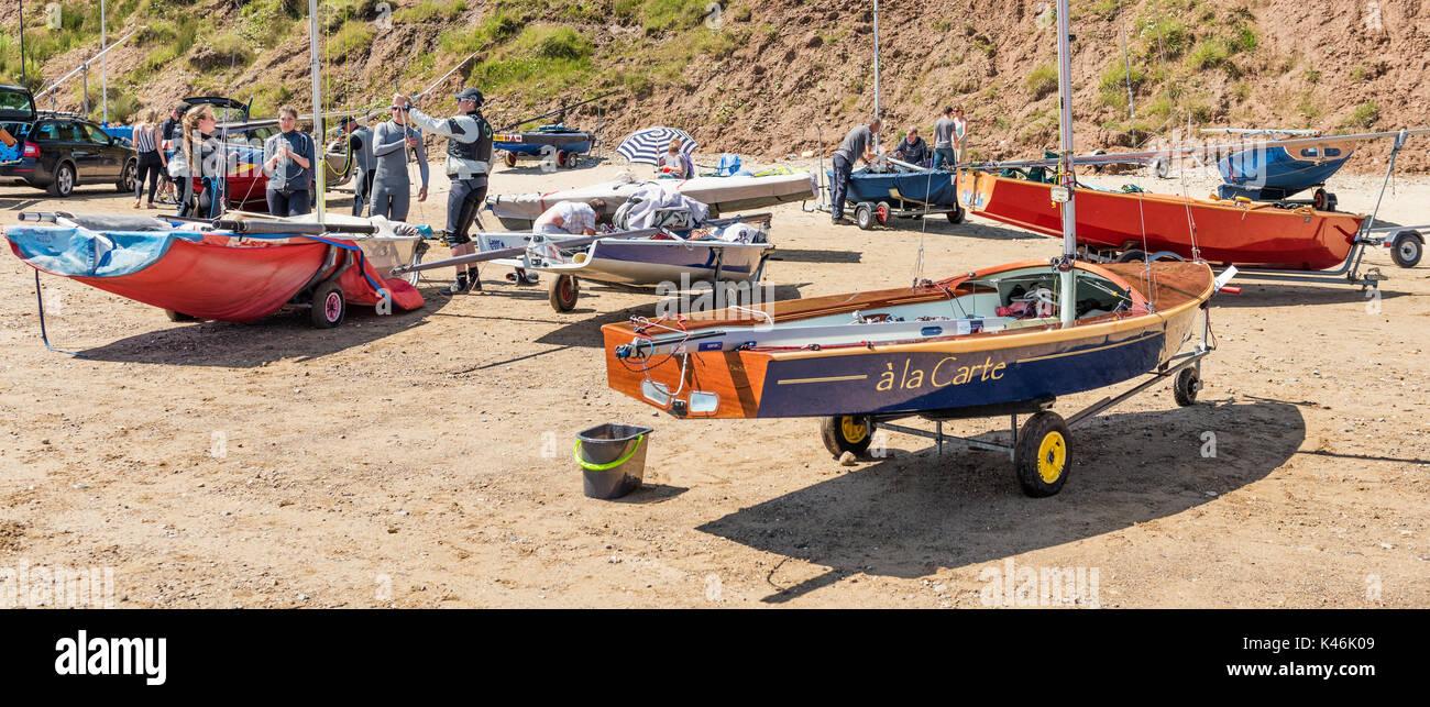 Preparing yachts at Filey sailing club - Stock Image