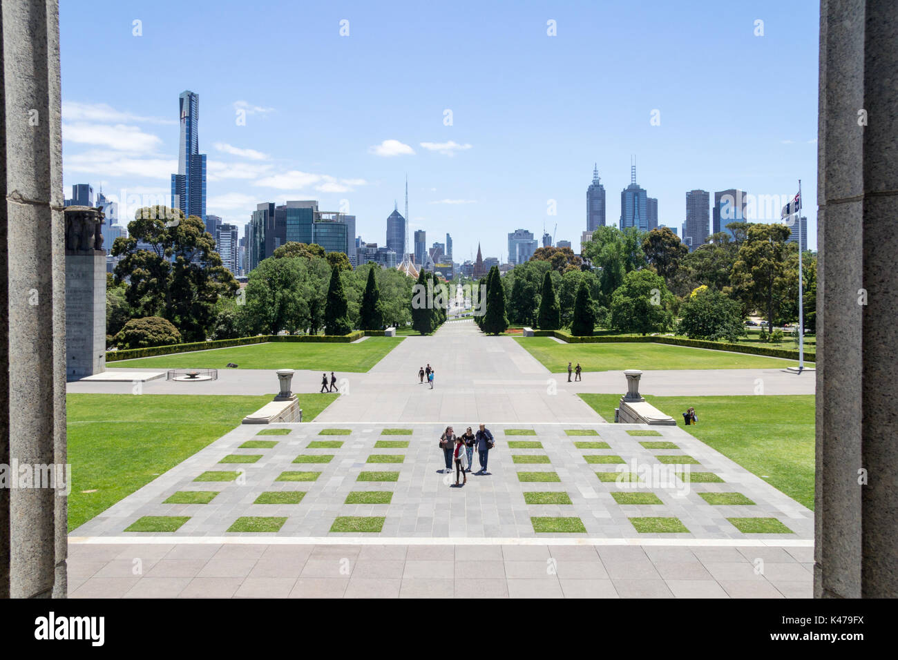 View down St Kilda Road and the Melbourne skyline from the Shrine of Remembrance, Melbourne, Victoria, Australia - Stock Image