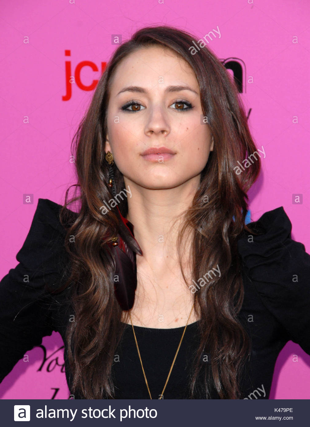 Celebrites Troian Bellisario naked (24 photo), Ass, Bikini, Feet, braless 2019
