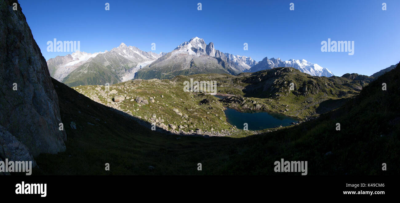 Aiguille Verte Les Drus Aiguille Du Chardonnet Monte Bianco. Haute Savoie. France Stock Photo