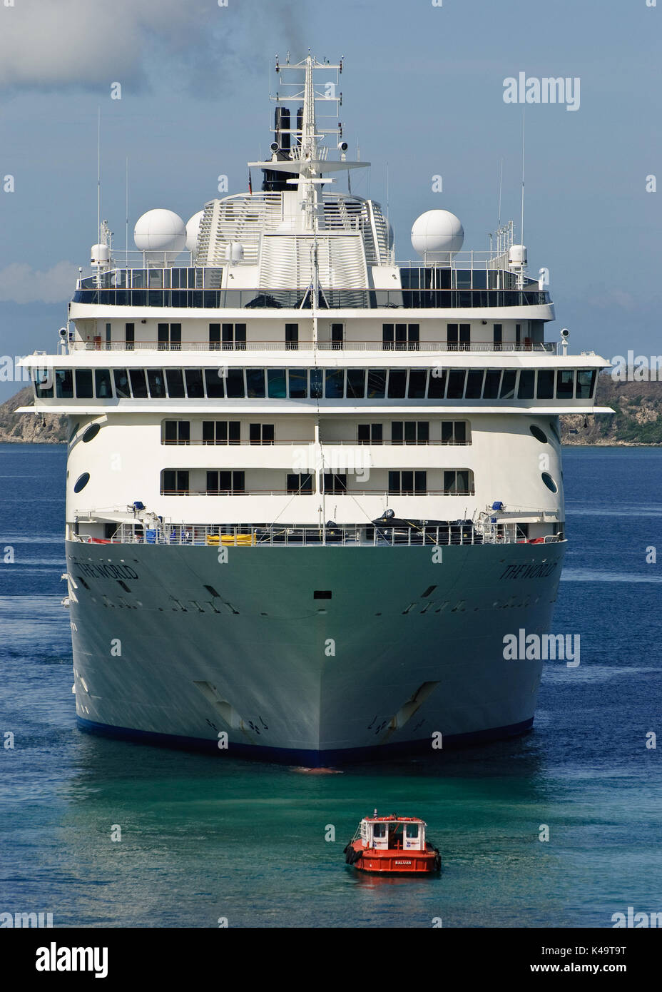 Cruise Liner 'The World' entering Port Moresby Harbour, Papua New Guinea - Stock Image